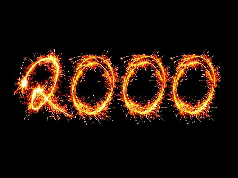 """The number """"2000"""" written in sparklers"""